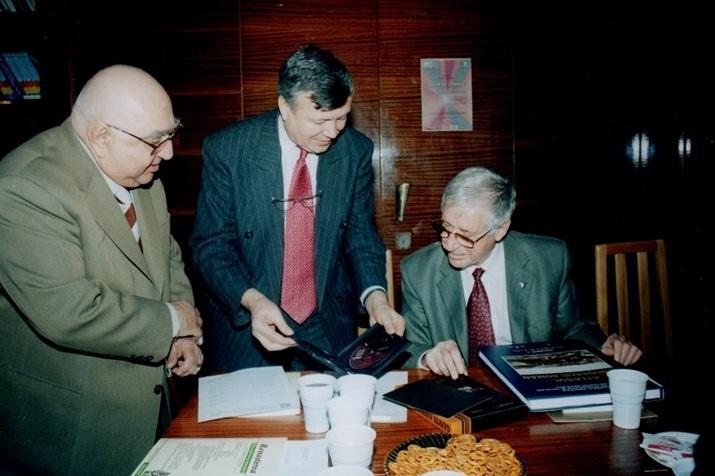 2007 Comisia UNESCO, Dinu Săraru, Alexandru Mironov, Vasile Cândea