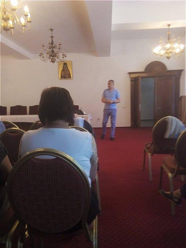 Școala de vară a cursurilor post-universitare pentru medicii de familie din mediul rural , 12 iulie 2015, Arhiepiscopia Râmnicului, lector conf.dr. Mihai Craiu
